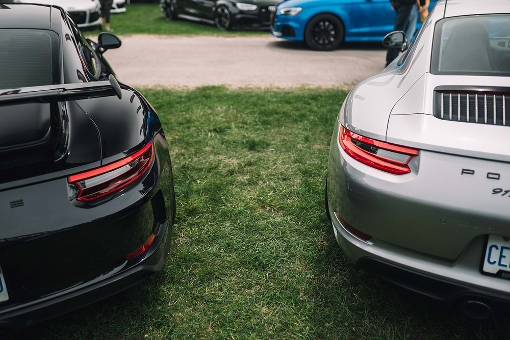 Porsche 911 991.2 GT3 vs. Carrera T