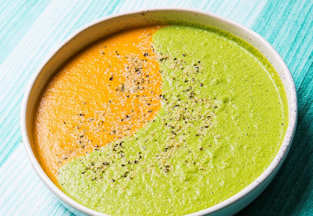 Žaliavalgiška karšta daržovių sriuba, vmg receptas
