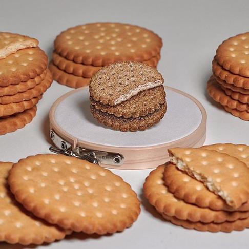 Maistas instagrame: japonė siuvinėja picas ir saldainius