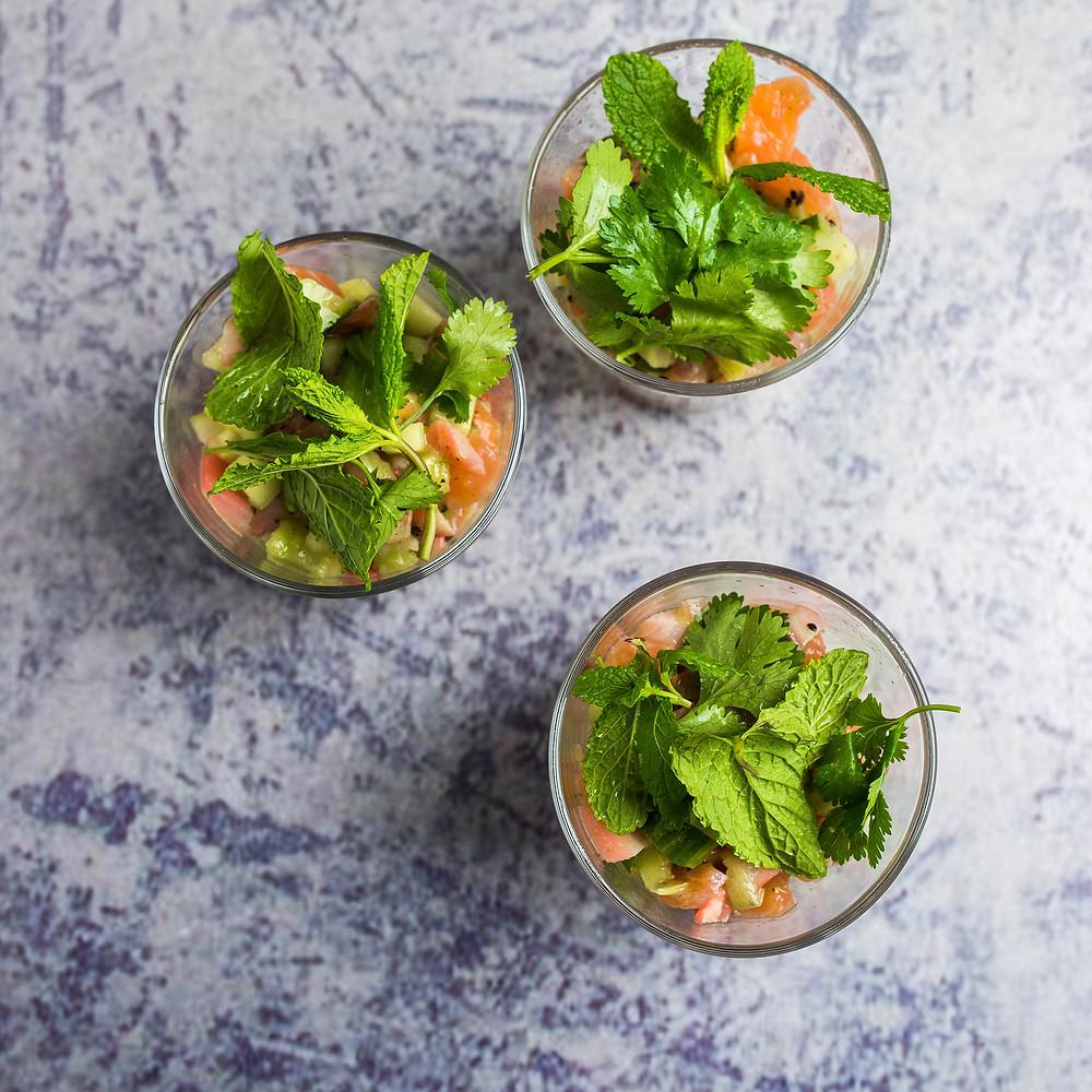 Silkės ir kivių salotos, vmg receptas