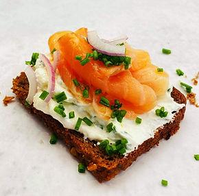 Pusryčiai 5 dienoms su #Alforeceptais: nuo sumuštinio su naminiu sūreliu iki traškių blynelių