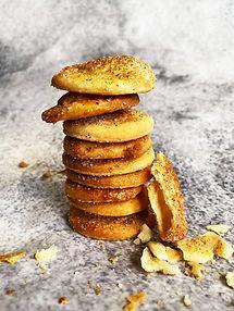 Labai greiti rikotos sausainiai su cinamonu