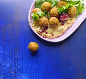 #3dienioidėja. Humusas + falafeliai + lavašas + daržovės = vakarienė, kurios visi pavydi