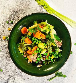 Žalia lėkštė: 7 pavasarį pranašaujantys salotų receptai