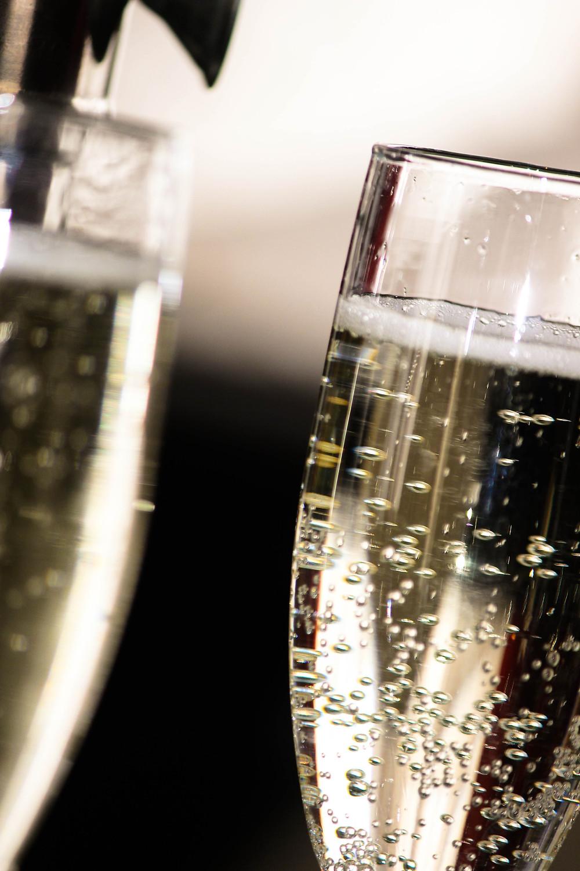 šampanas, kodėl skrydžio metu nejaučiame skonio?