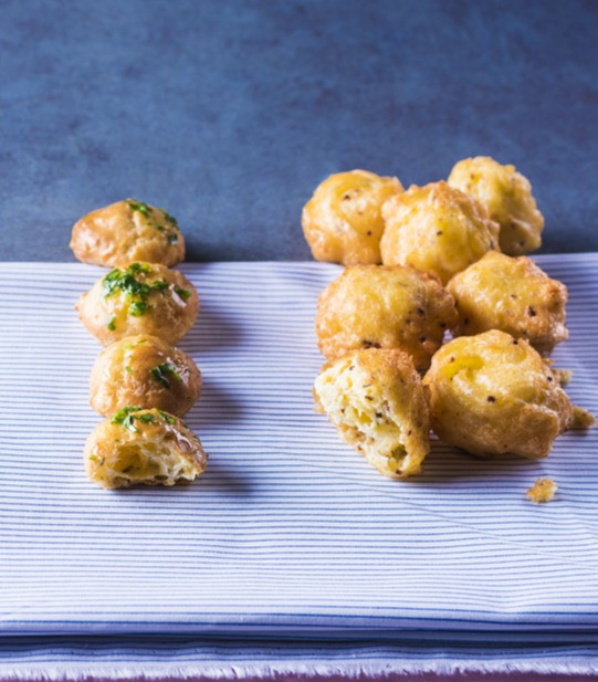 gruzdintos Dofino bulvytės, plikyti pyragaičiai