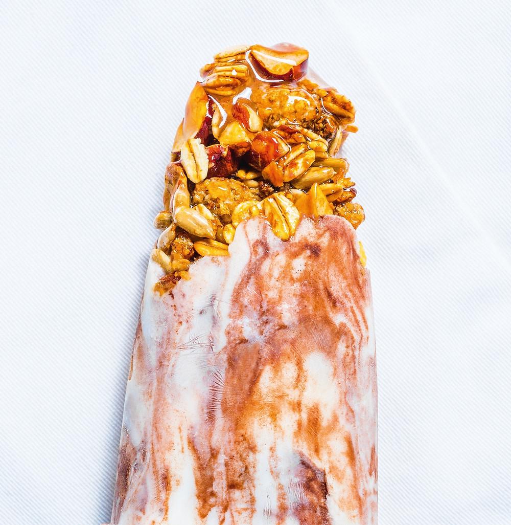 naminiai ledai, kakaviniai ledai su granola, desertas. Alfo receptai, VMG receptai