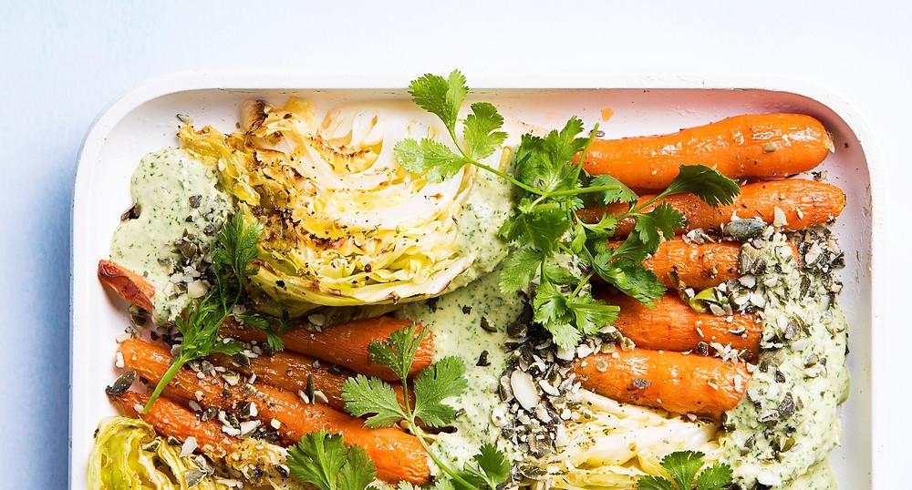 Šiltos kopūstų ir morkų salotos, vmg recpetas