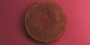 Šokoladinis biskvitas su lazdynų riešutais ir burokėliais, vmg receptas