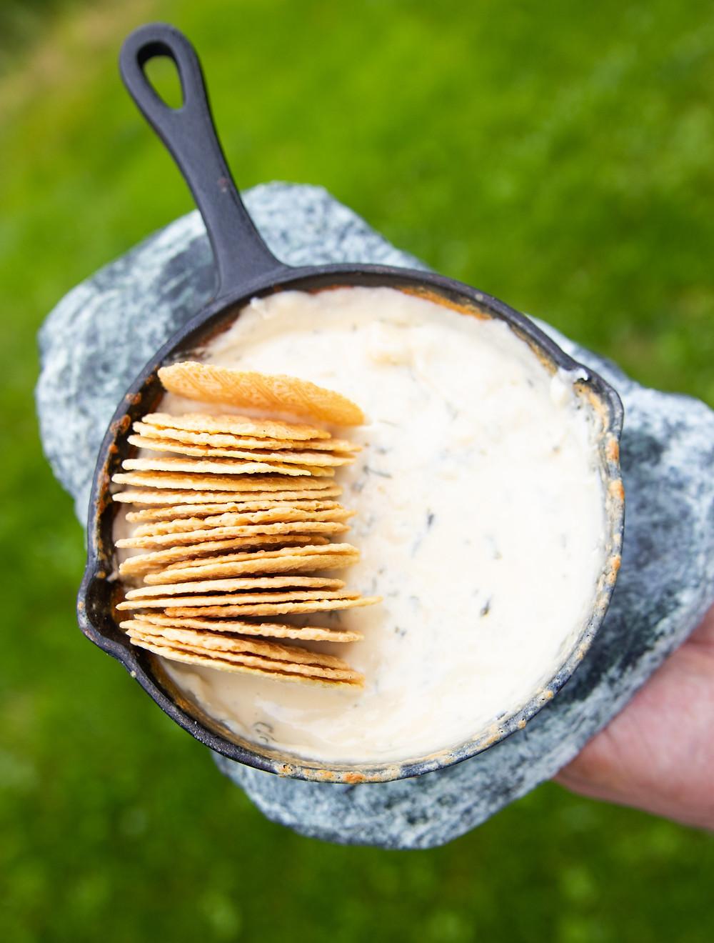 sūrių fondiu, grilio patiekalai