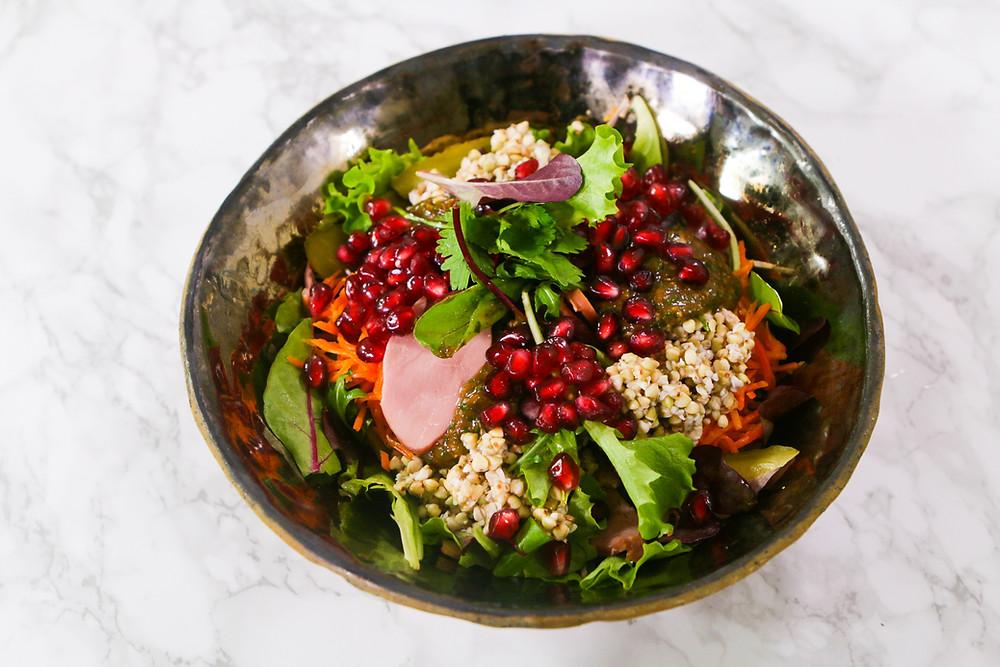 Grikių salotos su netikėtu padažu, vmg receptas