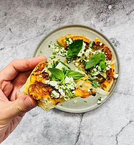 Tikro itališko pado pica su kopūstais (Receptas)