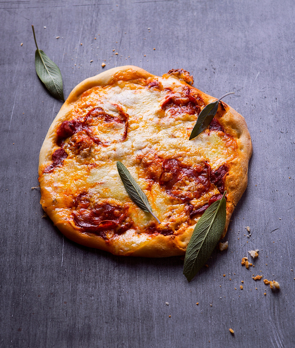 Pica su čiorizu ir šalavijais, VMG receptai