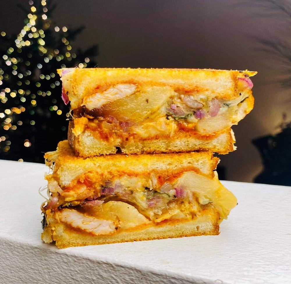karštas sumuštinis su triušiena, Alfo receptai, Alfas vienas namuose, užkandis