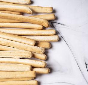 Mažoji virtuvės enciklopedija. Duonos lazdelės –  bene populiariausias užkandis pasaulyje