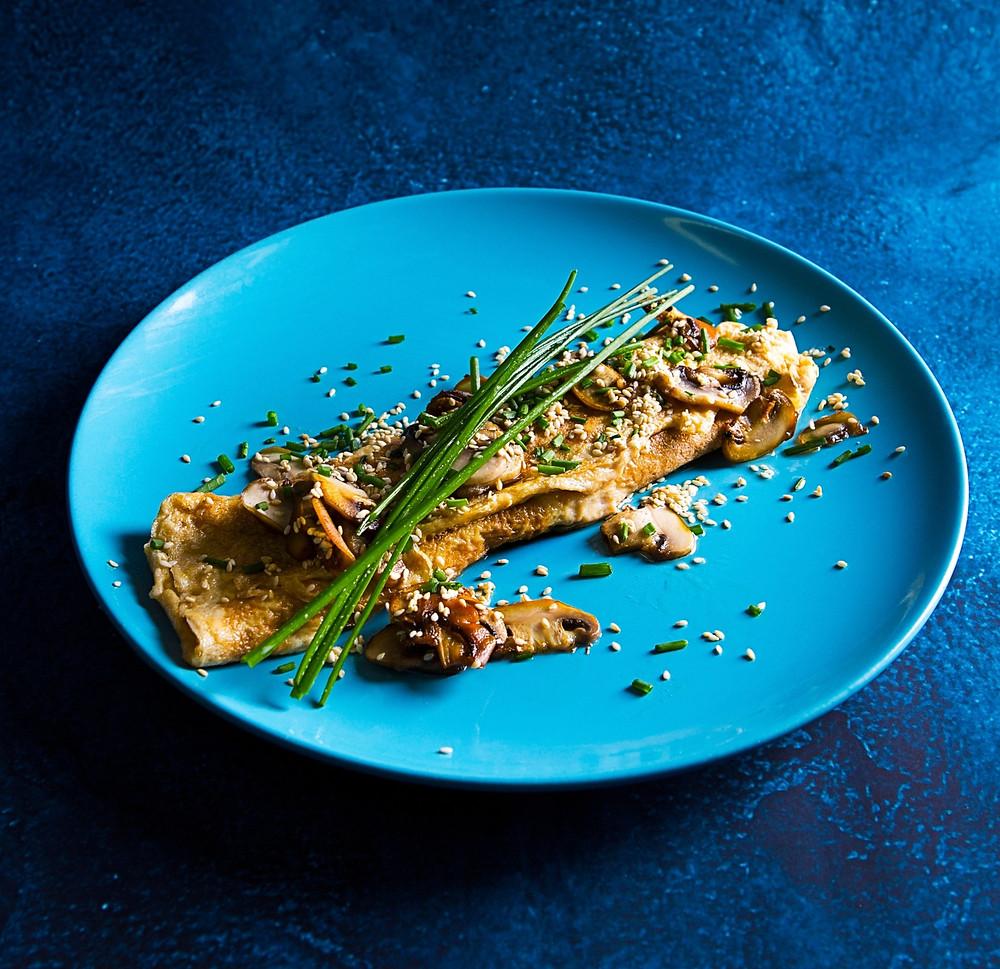 Omletas su sezamais ir grybais, Alfo receptai, pusryčių patiekalai
