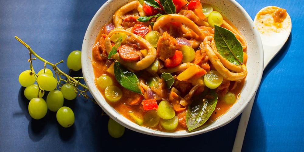 Kalmarų, čoriso ir vynuogių troškinys, vmg receptas