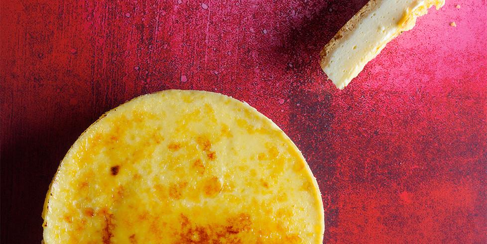 krembriule sūrio pyragas