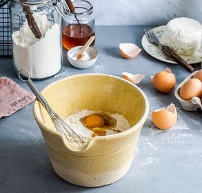 Baigėsi kiaušiniai? Įmuškite avokadą! (+ pakaitinių produktų lentelė)