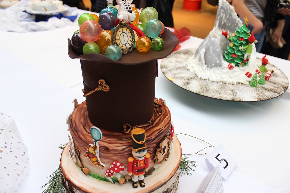 """Konkurso """"Jaunieji talentai"""" laimėtojos vaikiškų tortų kategorijoje G. Čeplinskienės darbas (Organizatorių nuotr.)."""