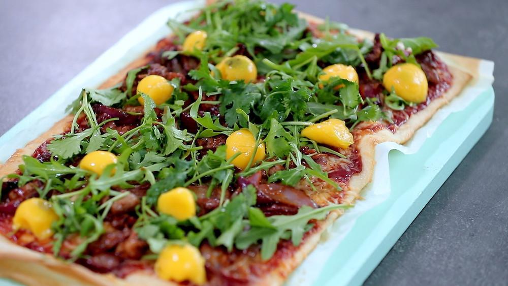 Pica su mangais ir barbekiu padaže troškinta antiena, vmg receptas
