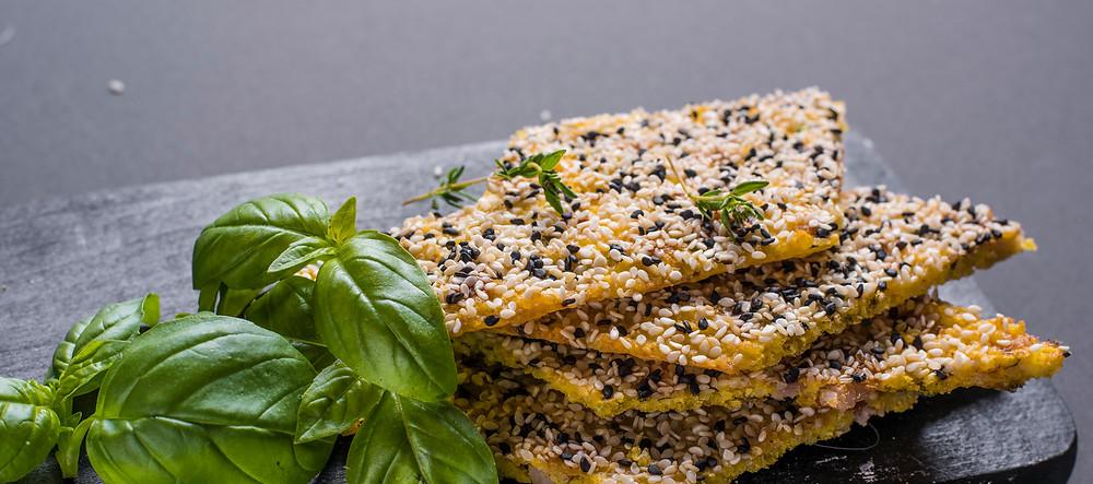 Be gliuteno: sorų kruopų paplotėliai su kalakutiena ir sezamais, vmg receptas