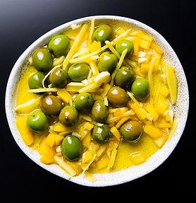 Alyvuogės mangų marinate (receptas)