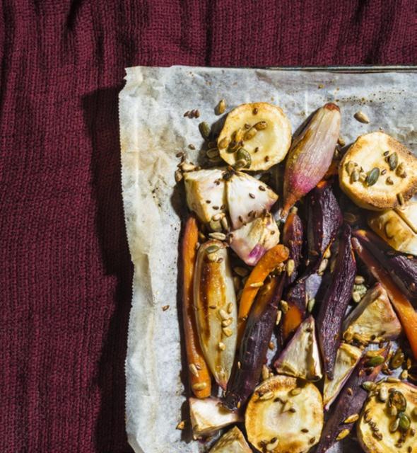 keptos daržovės su riešutų ir sėklų pabarstukais, receptas