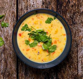 Sriubos dienai – tiršta ir kvapni chowder su šparaginėmis pupelėmis ir čiorisu