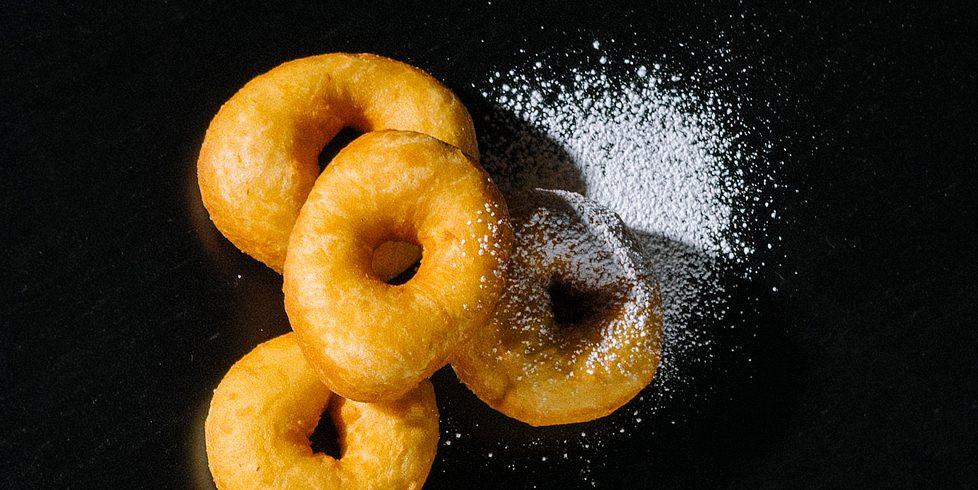 Mielinės spurgos-žiedeliai su batatais, vmg receptas