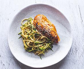 5 maistingų ir greitai pagaminamų patiekalų su sėklų pabarstukais receptai