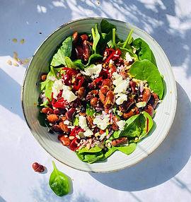 Sočios, bet gaivios pupelių ir burokėlių salotos (Receptas)