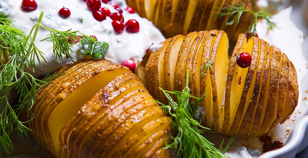 """Bulvės """"Hasselback"""", vmg receptas"""