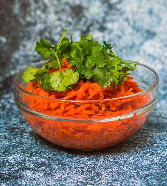 Korėjietiškos morkų salotos, vmg receptas