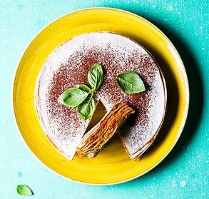 Tortilijų pyragas su daržovėmis ir ikrų užtepėle