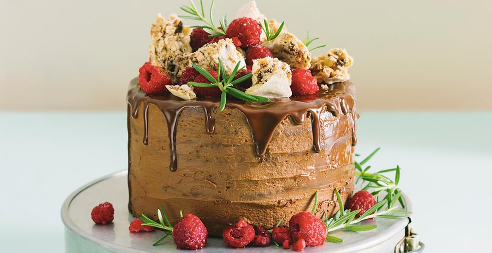Šokoladinis tortas su riešutiniu morengu, vmg receptas
