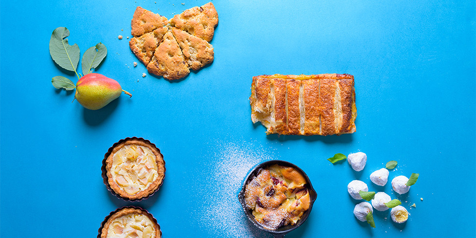 Lengvas pyragas su kriaušėmis ir uogomis, vmg receptas