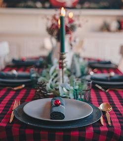 Restoranas namuose: 14 pasiūlymų, kur užsisakyti vaišes Kūčioms ir Kalėdoms