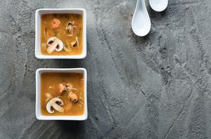 Tailandietiška sriuba, vmg receptas
