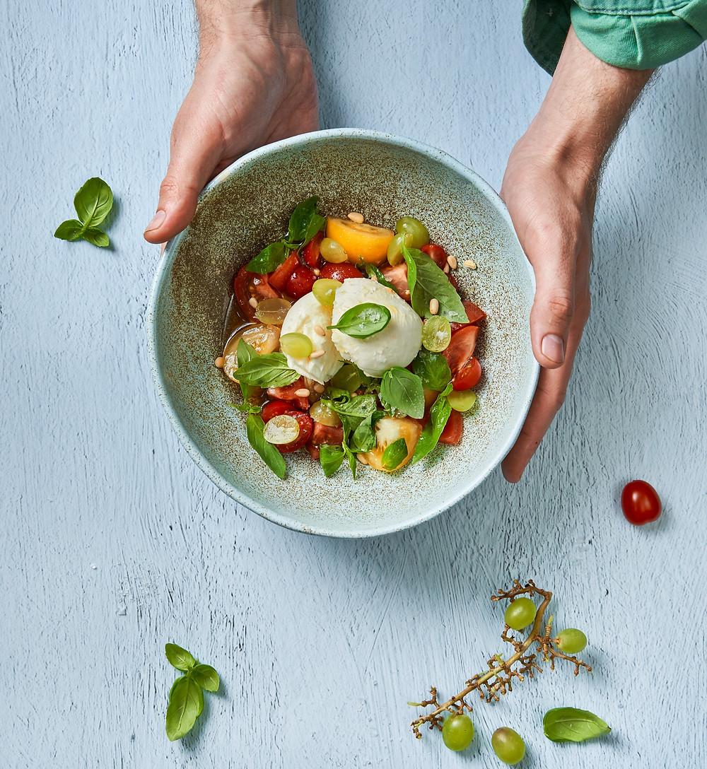 pomidorų salotos su mocarela, Alfo receptas, vmg receptas