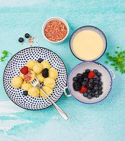 Skaniausių #vmgonline pusryčių receptai: purūs varškėčiai ir kreminiai blyneliai su varške