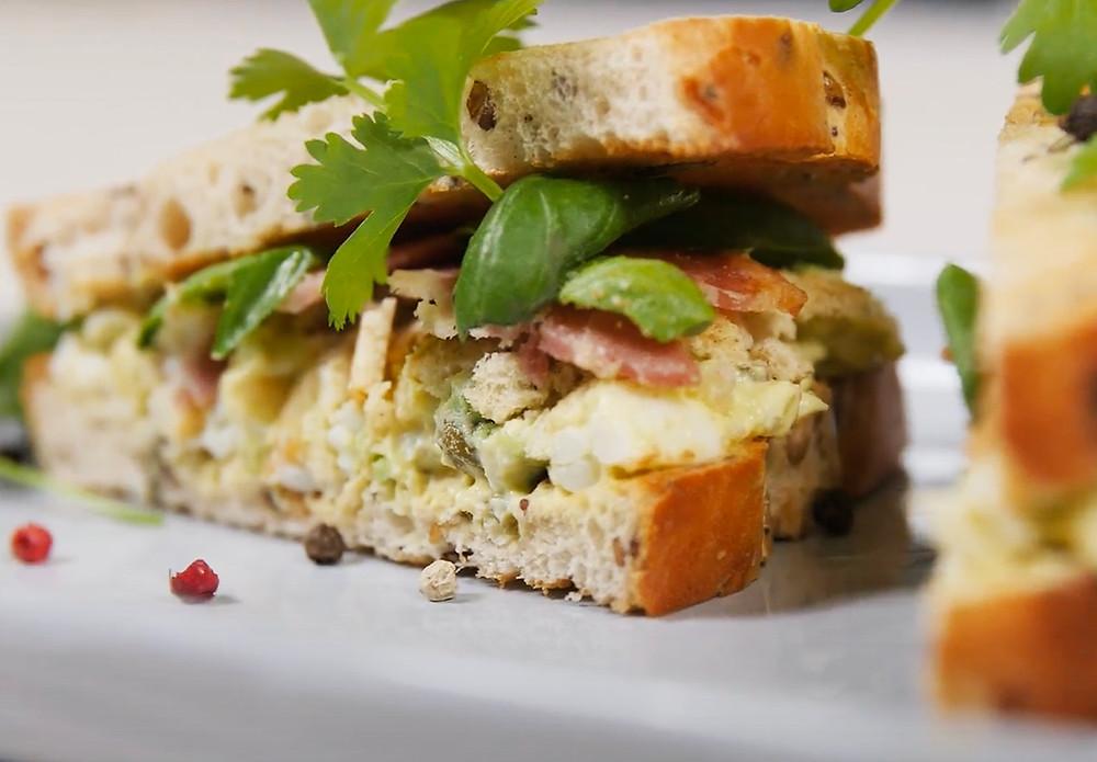 karštas sumuštinis, sumuštinis su avokadu, Verdu ir kepu, receptas