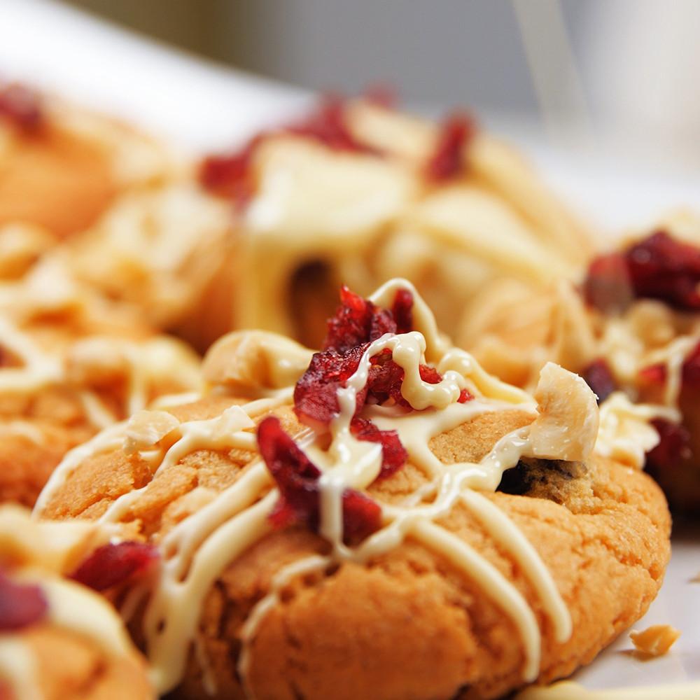 Greitai sausainiai su šokoladu ir spanguolėmis, Alfo receptas