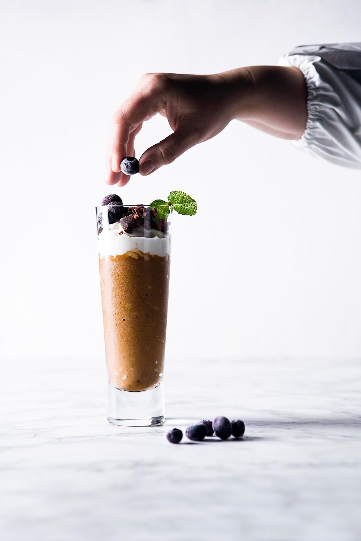 šalta kava, šalta bananinė kava, Alfo Ivanausko receptai, vmgonline.lt