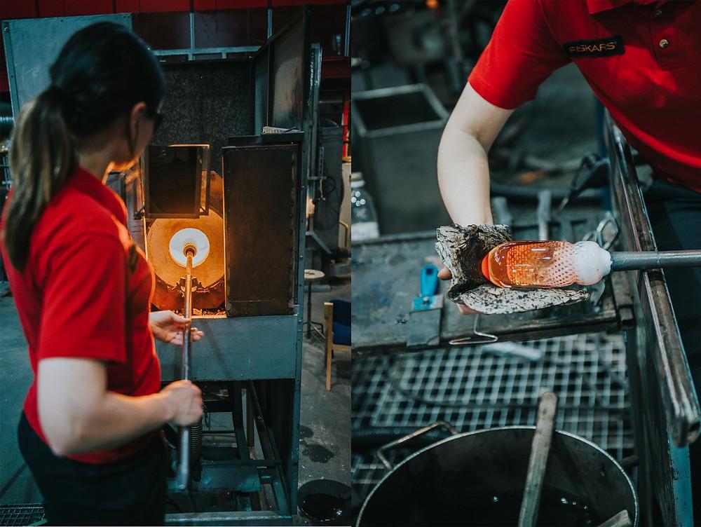 """""""iittala"""" gamykloje kiekvienas gaminys kuriamas pagal griežtą ir laiko patvirtintą instrukciją. Valerijos Stonytės nuotr."""