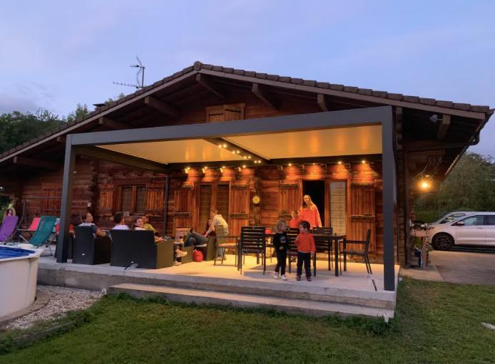 Chalet : Pergola bioclimatique alu, le bel équilibre   Solembra Suisse