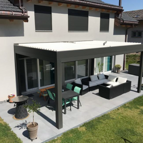 3 saisons pour profiter de sa terrasse avec une pergola bioclimatique Solembra Suisse