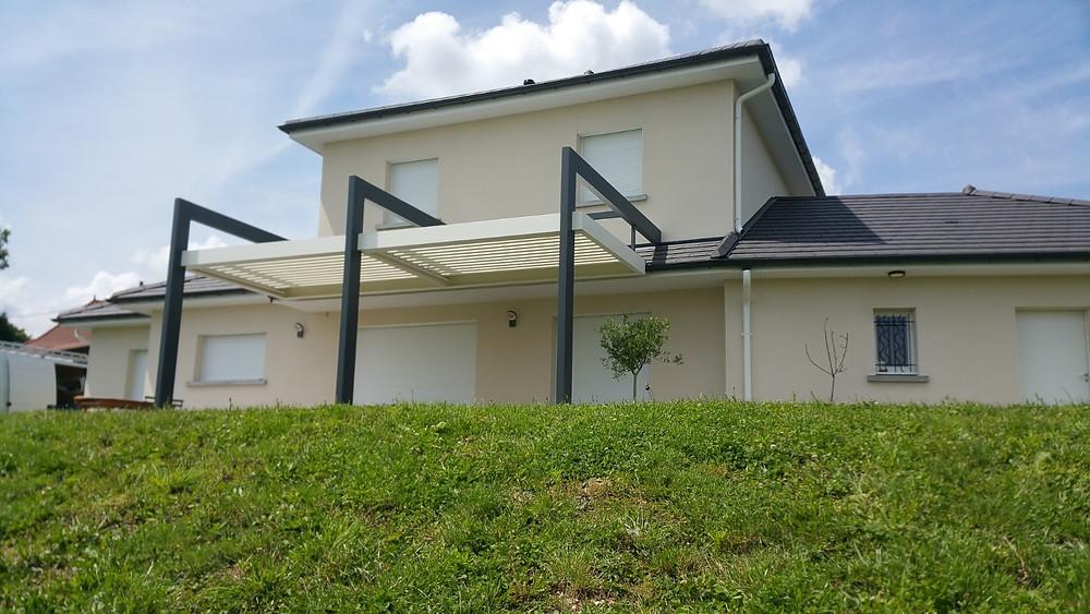 Pergola Bioclimatique So'Design : 3 arches Bicolore