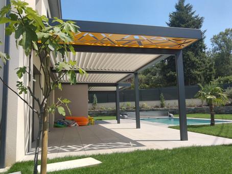 Pergola bioclimatique sur mesure : sublimer votre maison d'architecte en 5 astuces