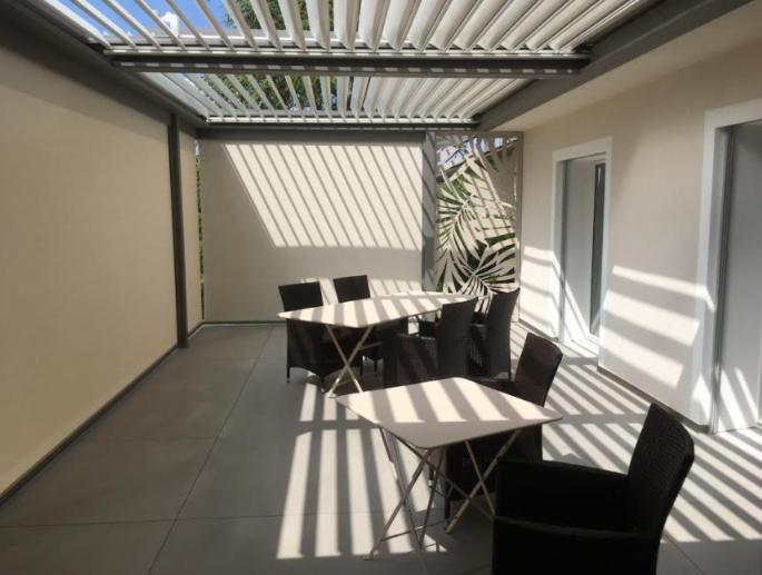 Plus value immobilière avec votre pergola bioclimatique Solembra Suisse